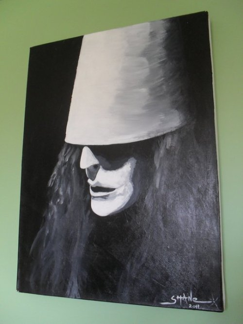 harpoon-the-goon:  Happy Birthday Buckethead (Brian Patrick Carroll)