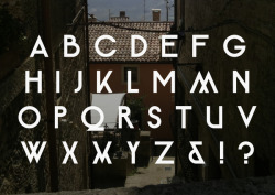 visualgraphic:  Alumia Typeface