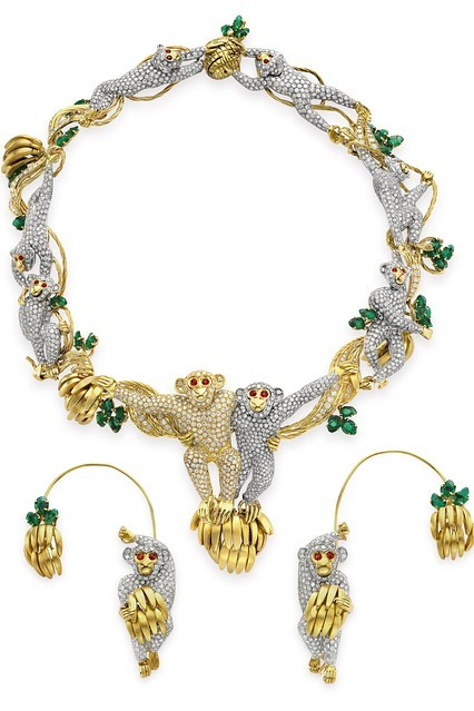 petmilk:  Elizabeth Taylor's Jewels, On View at Christie's - Heard on the Runway - WSJ