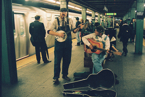 lethargique:  Blue grass in the Subway (by Jesse Layne)