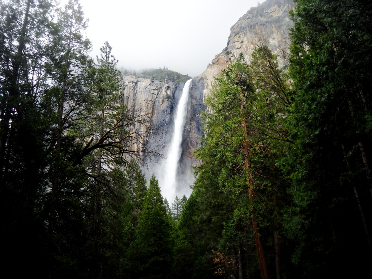 Yosemite waterfall.