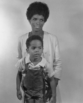vintageblackglamour:  Roxie Roker and her son Lenny Kravitz. Lenny shared this photo on his Facebook fan page last year.   Tata