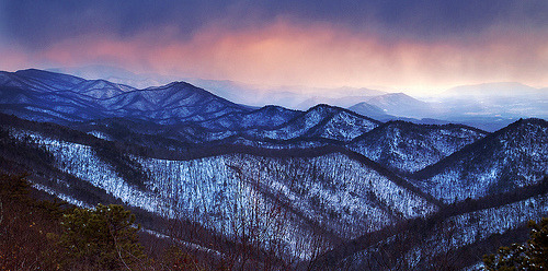oxymoronical:  Blue Ridge Winter Wonder (by Brent McGuirt Photography)