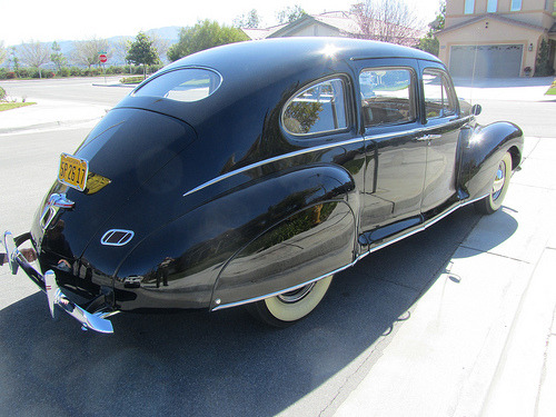 carpr0n:  Eggwagon Starring: '40 Lincoln Zephyr (by MR38)