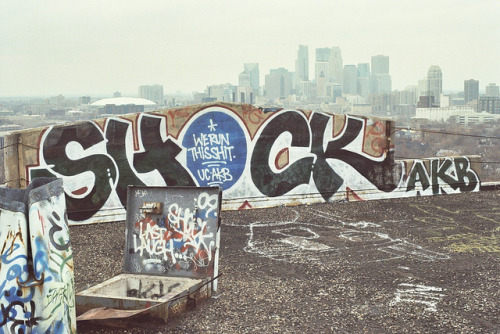 graff-heads:  SHOCK UC AKB