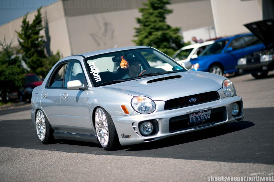 alchemylife:  I love this Subaru.   Jonathan took this photo! C: