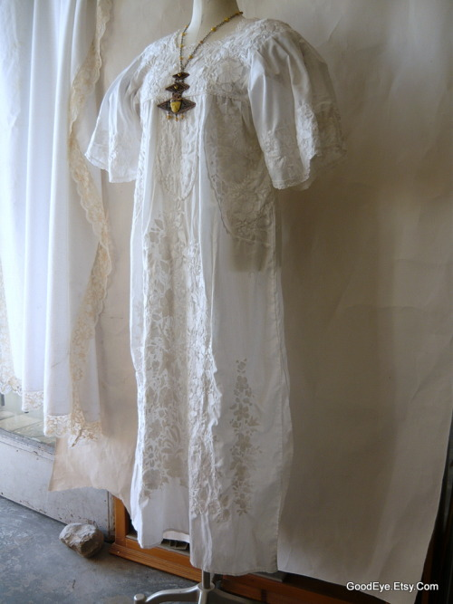 Can't miss with Summer Whites…vtg 70s white Mexican tunic dress..embroidered in WHITE…large size. @ www.GoodEye.Etsy.com   ….vintage online