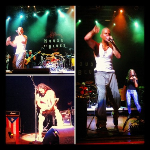 Calle 13 @HouseOfBlues #Calle13 #concert #art #artist #photography #like4like #likeforlike @meganeems  (Taken with instagram)