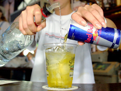 0dayblog:  Who likes Vodka and Red Bull ♥