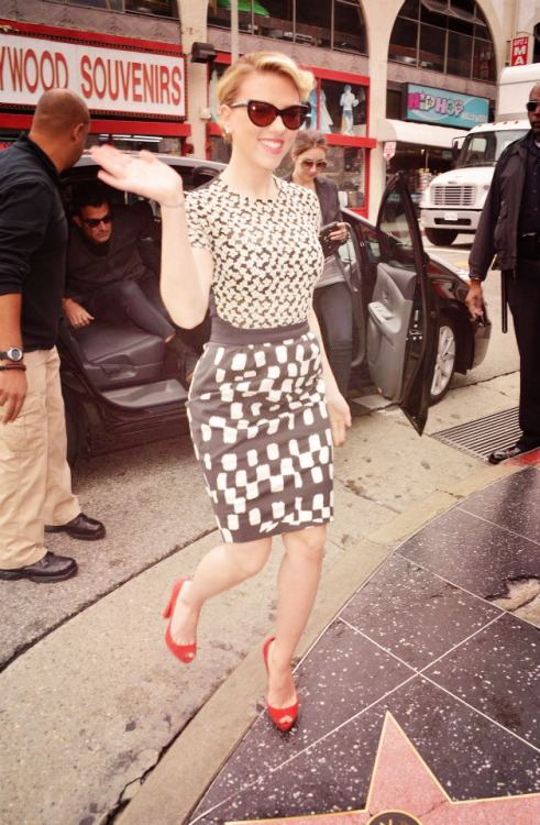lostinscarlett:  Scarlett at the unveiling of her star in Hollywood's Walk of Fame wearing Preen and Louboutins. (I saved this photo on my computer so if it's an edit from someone, please tell me and i will credit).