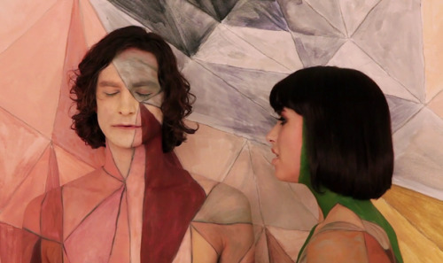"Artist Emma Hack's body-painting work for Gotye's Award‐Winning Music Video, ""Somebody That I Used To Know."""