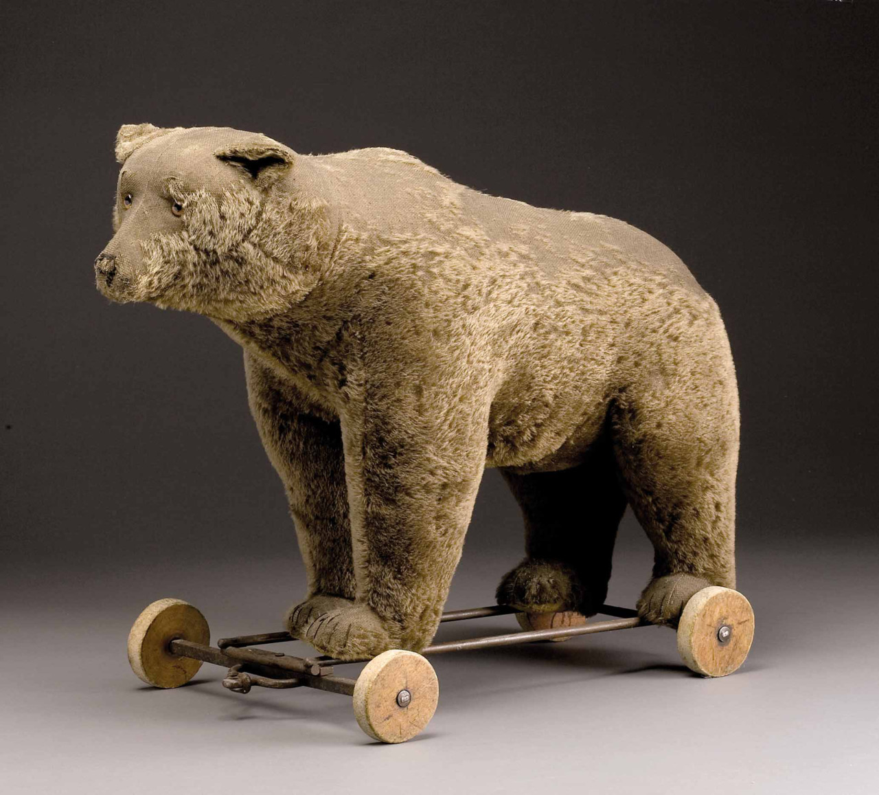 valscrapbook:  Bear by Steiff, 1930