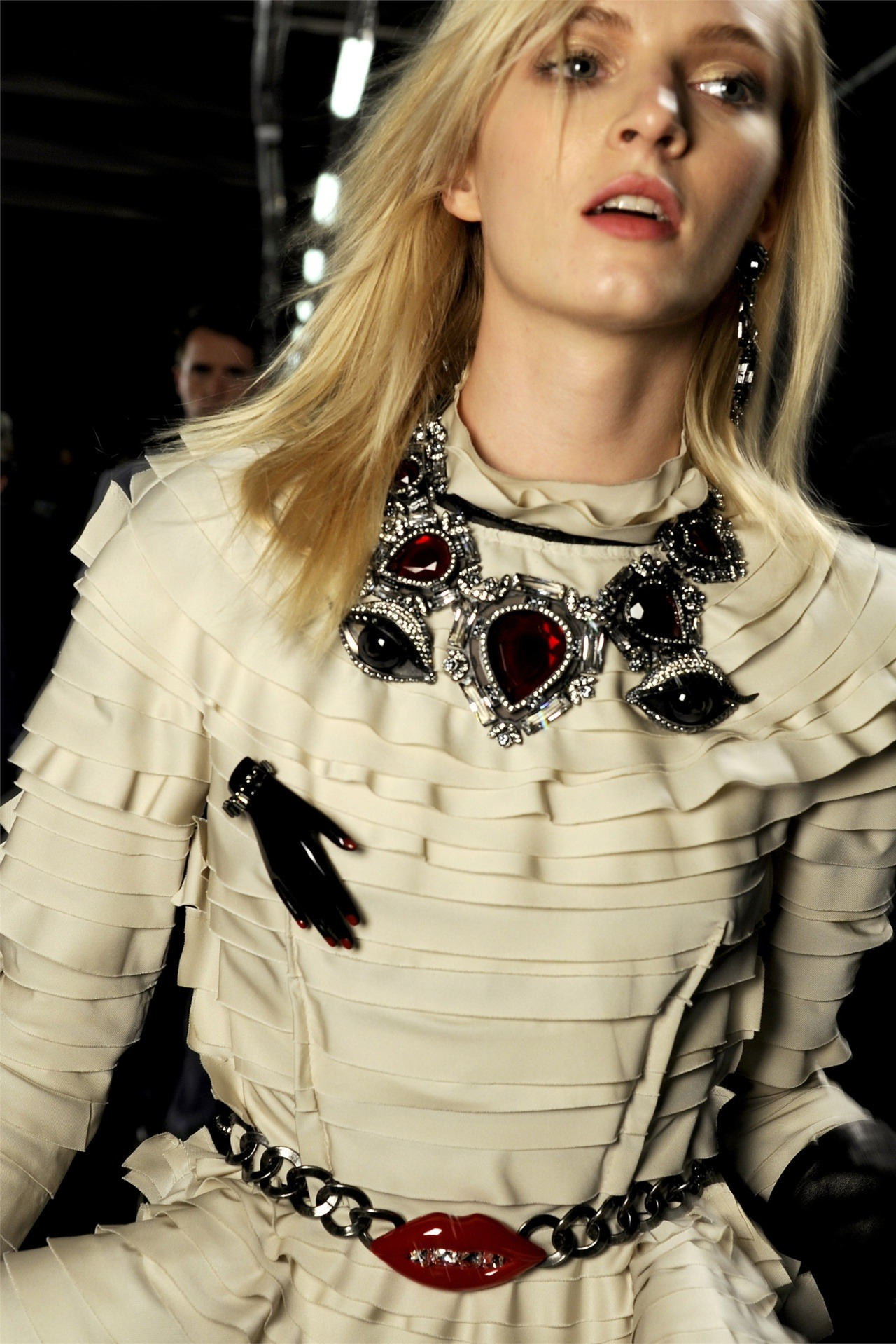 modfels:  Daria Strokous backstage at Lanvin Fall 2012