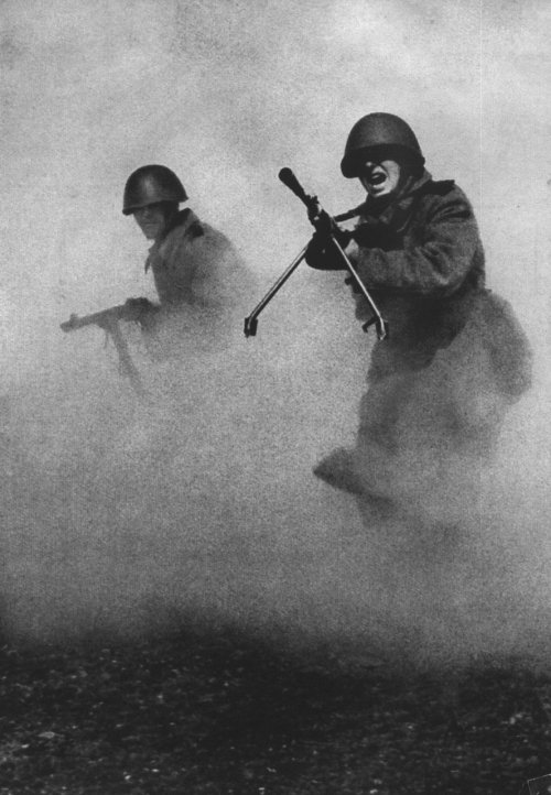 Russian soldiers advancing, 1943.  Mark Markov-Grinberg