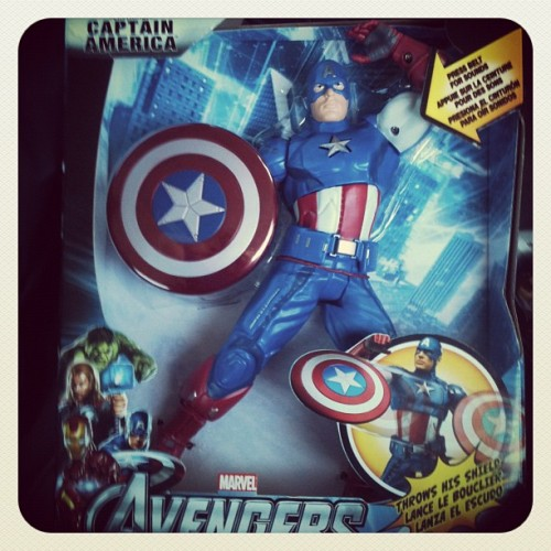 galaxyofgover:  Cap…cap…what are you doing? (Taken with instagram)  Cap you are so sassy all of a sudden