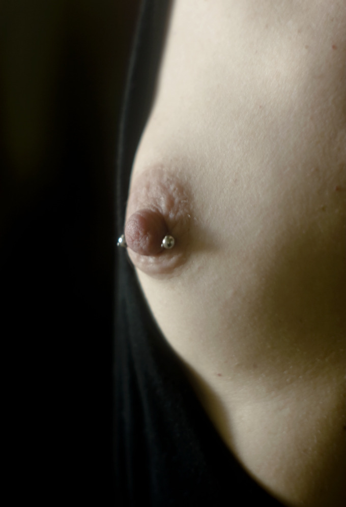 soartmodel: Self Portrait 'breast reflection' , Canon D30, vintage Macro Lens, by Lisa Byrne May 2012