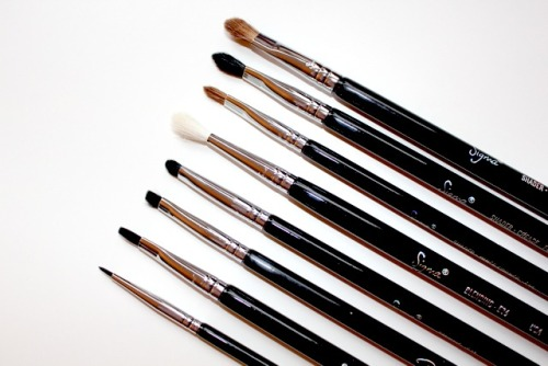 loveandlashes:  Sigma  Love these brushes..