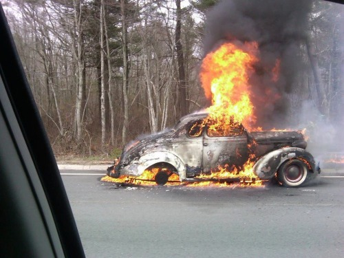 2kindsofhotrods:  Disaster