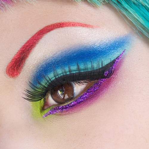 sugarpillcosmetics:  Wearing all 4 colors from the new Sugarpill Heart Breaker palette! Eyebrows: Asylum Lashes: Flutter Glitter: Lit Cosmetics http://instagr.am/p/Klv1BuFIVV/