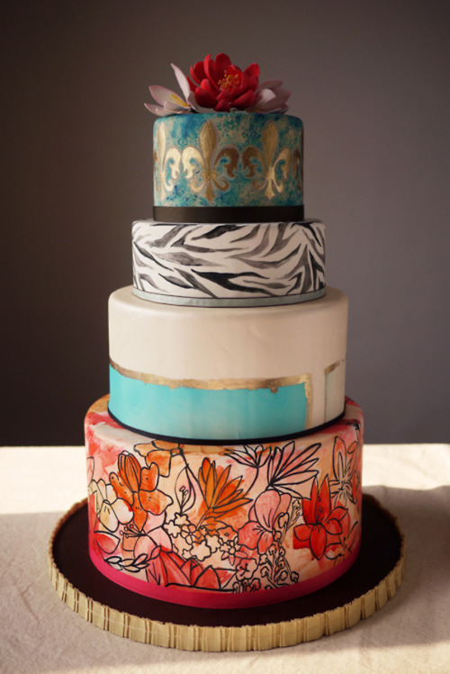 thecakebar:  exotic hand painted wedding cake!