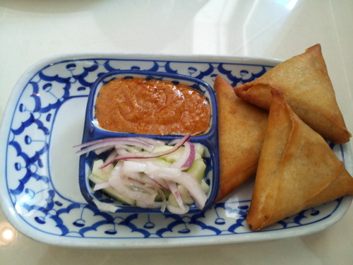 Thai samosas, again! At Amarin Thai on Castro Street, Mountain View. I liked these much better as they were spicy, stuffed with potatoes and came with a intriguing sauce/chutney - the red one that you can see in the picture.  Official version Mixed potato, vegetable oil with curry powder sauce wrapped with a flour paper and deep-fried