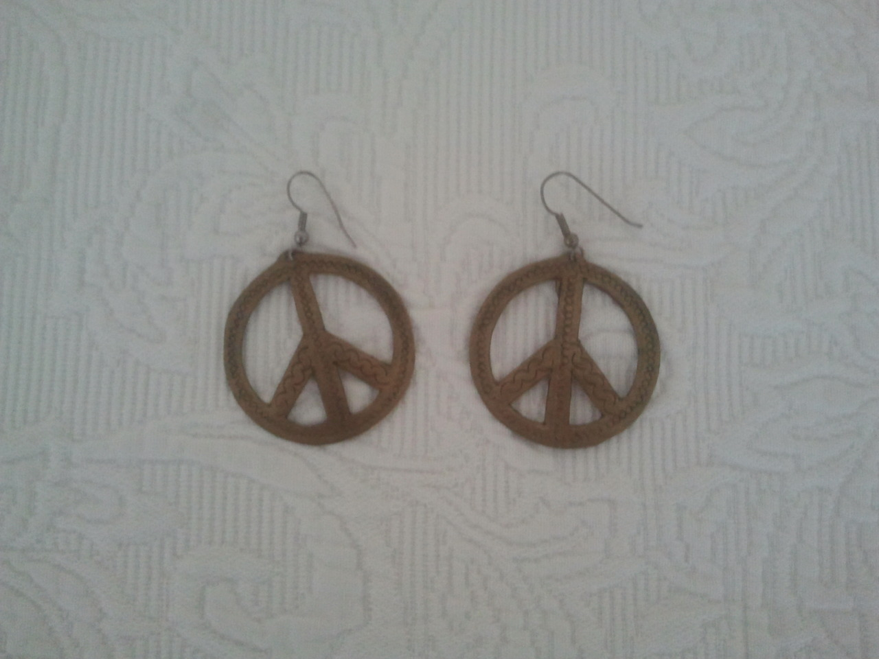 my great aunt showed me her peace earrings from WWII today. so cool!