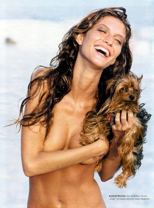 Gisele's body is my inspiration for me to lose my tummy belly and weight Seriously just look at her body!!