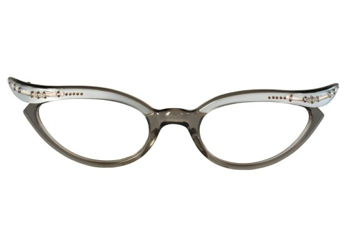 vintageeyewear:  (via Grey Cat Eye Glasses by Swank Frame France by VintageCatEyeGlasses)