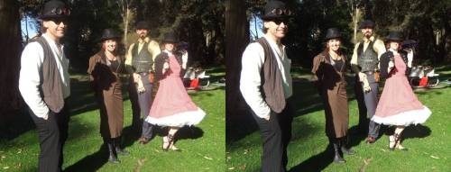 Parallel Stereo-pair of the Newcastle Steampunk Picnic. submission from Marteno Griz For more awesome steampunk stuff, check out http://steampunkguides.com/