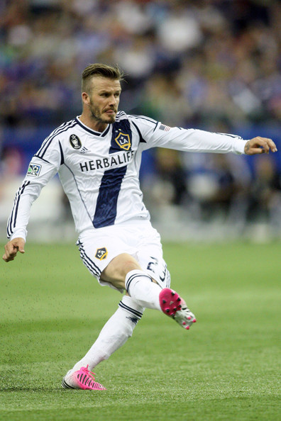 David Beckham scores off a free kick vs Montreal using his new pink preds!