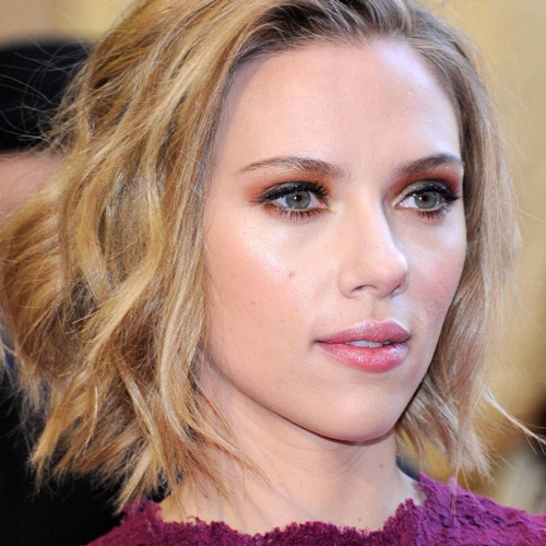 Scarlett Johansson talks playing Janet Leigh in Hitchcock biopic Scarlett Johansson talks Avengers, sex symbol status and a whole lot more in the brand new issue of Total Film magazine (also available in our shiny new interactive iPad edition)…