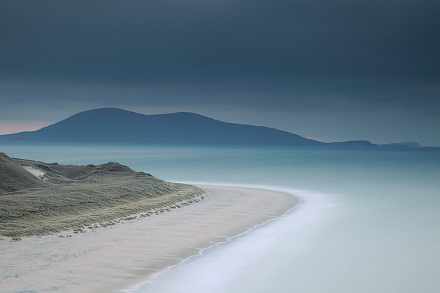 Traigh Rosamol - Dusk by David Kendal on Flickr.