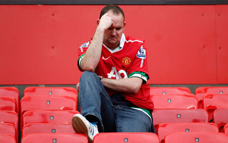 sadunitedfans:  A Sad United Fan from the FUTURE: Wayne Rooney was sad, not only because he remembered Manchester United losing the premier league title to rivals Manchester City in 2012, but also because his post united career, wasn't working out like he had imagined.