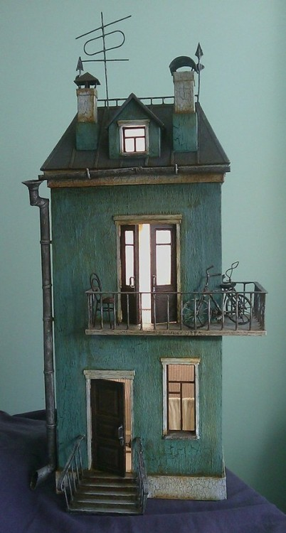ghost-secrets:  Russiam Doll House
