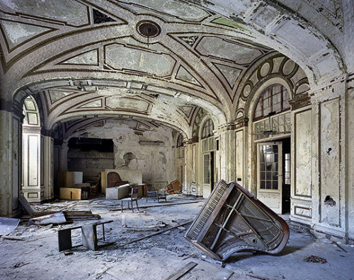 the ruins of detroit photography book.