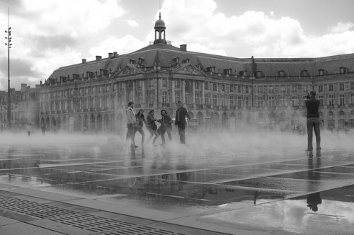 Miroir D'eau Bordeaux by Quentin.HLB on Flickr.