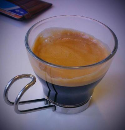 Amaze espresso thanks to @sambrookes http://t.co/JisnufZ8