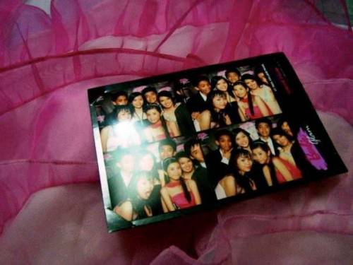 I was browsing through my albums and found this!