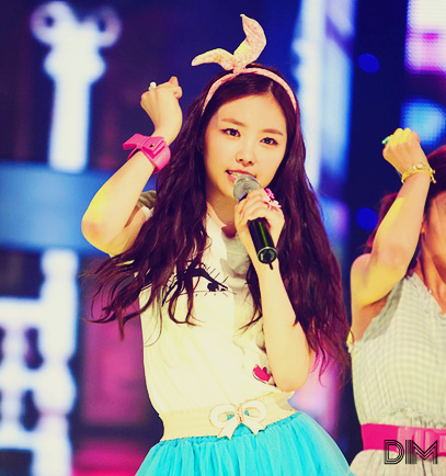 sihasamuel:  son na eun ✿ ✿ ✿   follow me for more lovely kpop pictures
