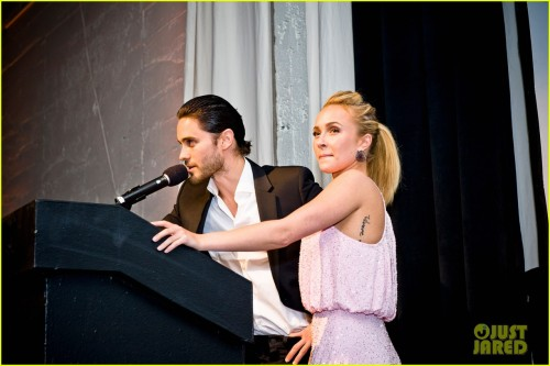 mandolinaes:   Jared Leto and Hayden Panettiere attend the WildAid Charity Gala held at the Terra Gallery on Friday (May 11) in San Francisco, Calif.