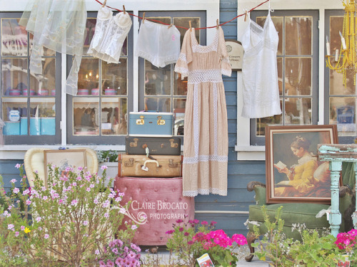 Vintage Laundry  by ImagesByClaire on Flickr.