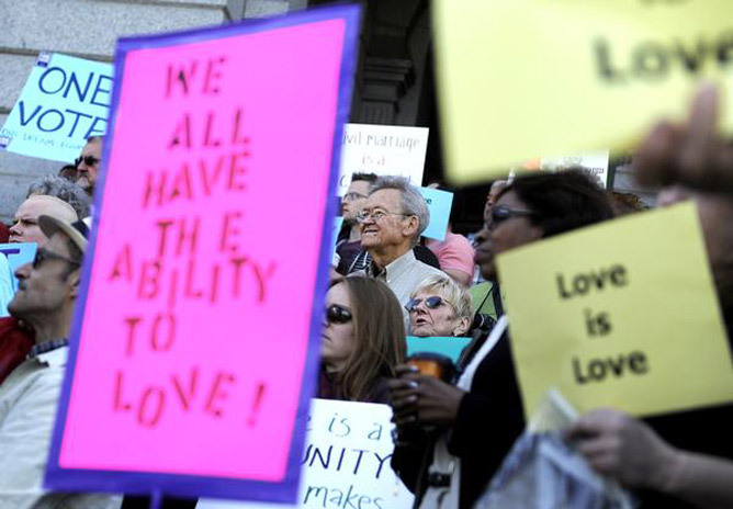 "Colorado civil unions backers ""don't have high hopes"" for special session Lawmakers kicked off a special legislative session today with a rally in favor of civil unions but also with low expectations that the outcome would be any different than last week. ""Given the games and the lengths the speaker went to on Tuesday night to kill civil unions, I don't have high hopes for today,"" said House Minority Leader Mark Ferrandino, D-Denver. ""I expect the same kinds of games."""