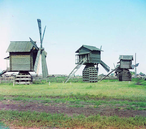 Mills in Ialutorovsk district of Tobolsk Province. Sergei Mikhailovich Prokudin-Gorskii. Russia on the eve of World War I, 1912. Prokudin-Gorskii travelled across the Russian Empire, documenting life, landscapes and the work of Russain people. His images were to be a photographic survey of the time. He travelled in a special train car transformed into a dark room to process his special process of creating color images, a technology that was in its infancy in the early 1900′s. He was the first in Russia to use three sinchronized cameras with RGB filters to document color pictures. He built this device by himself. Prokudin-Gorskii left Russia in 1918, after the Russian Revolution had destroyed the Empire he spent years documenting.