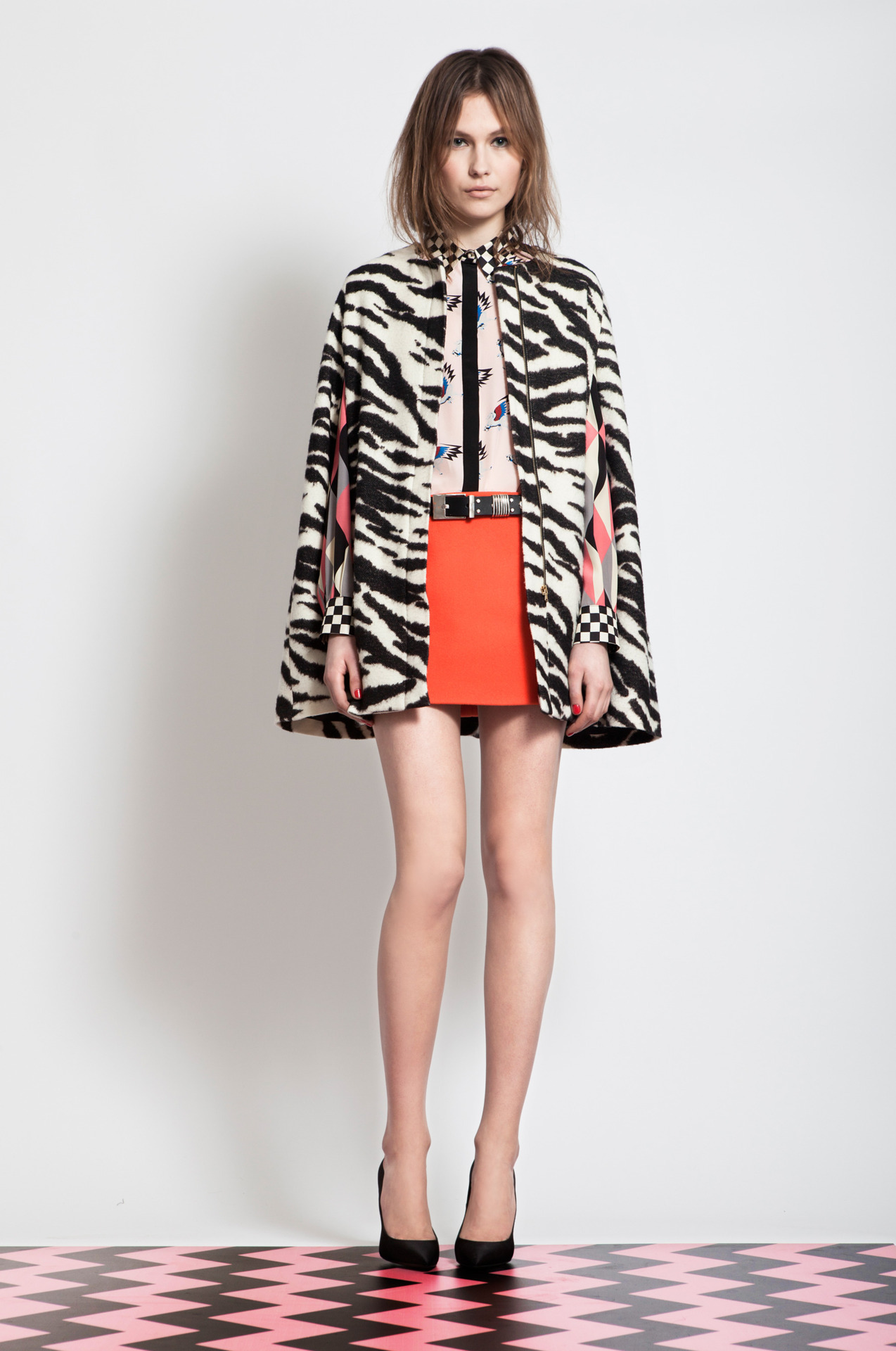 MSGM Pre-otoño 2012 De los lookbooks más bonitos que he visto últimamente. ….. MSGM Pre-fall 2012 One of the cutest lookbooks I've seen lately.