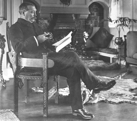 Sir Arthur Conan Doyle reads.