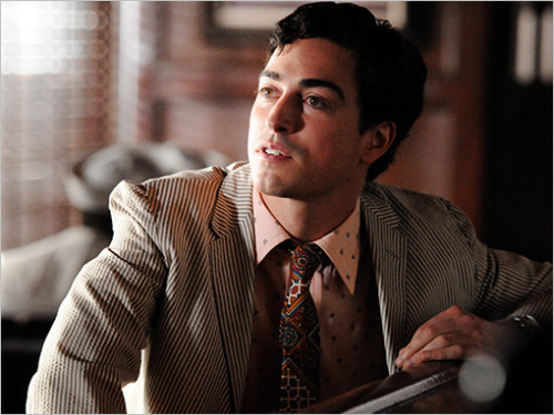 "Mad Men wunderkind Michael Ginsberg — a.k.a. actor Ben Feldman — spoke with us about going head to head with Don Draper. Interview highlight:  ""It's imposing,"" the actor laughs, ""especially when you stand in the elevator next to Jon Hamm, and he's 35 feet taller than you."""