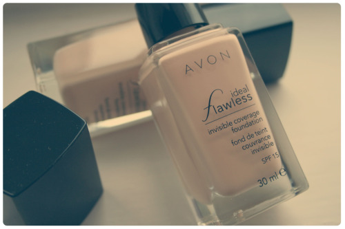 Avon Ideal Flawless Foundation in Ivory