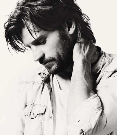 Hot damn, Jamie Lannister. *fans self*