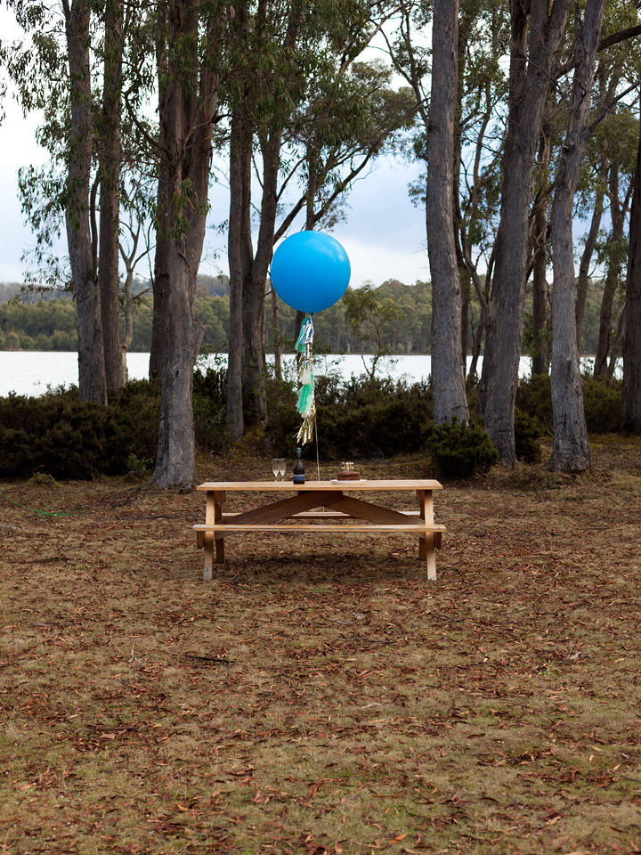 anthropologie:  This picnic table is like a beacon of light, drawing me towards champagne and chocolate cake. Via: Island Menu