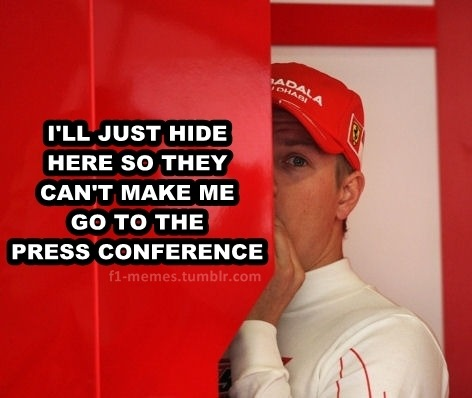 jesouhaite:  moscow-never-sleeps:  f1-memes:  Kimi's avoidance tactics  THE BEST!!  to te vendo, menino!